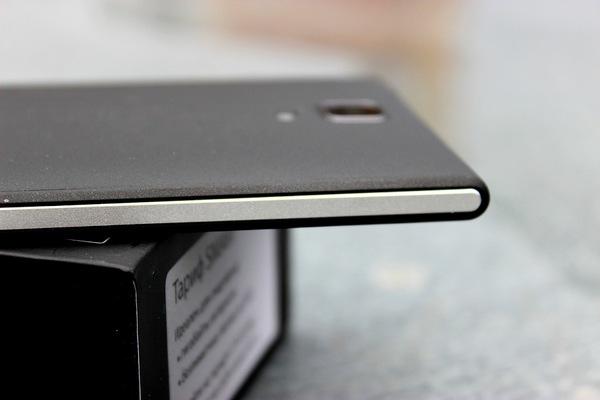 фотографии смартфона МТС Smart Surf 4G